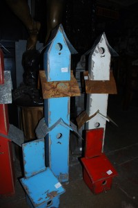birdhouses at charlies antiques store in williamsburg va, bluebird houses at charlies antiques store in williamsburg va