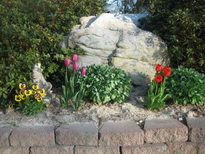 boulder for landscaping gardens at charlies antiques in williamsburg va