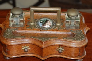antique double inkwell made from tiger eye oak at charlies antiques in williamsburg va