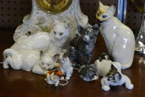 porcelain cats at charlies antiques in williamsburg va