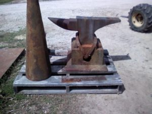 300 lb anvil on base